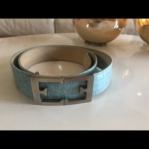 Escalated snake skin blue belt NWOT
